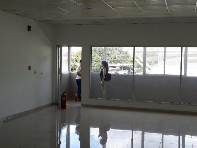 Local comercial Chiriqui>David>David - Alquiler:772 US Dollar - codigo: 19-528