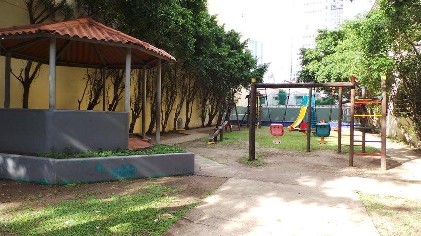 Apartamento Panama>Panama>Obarrio - Venta:325.000 US Dollar - codigo: 19-624