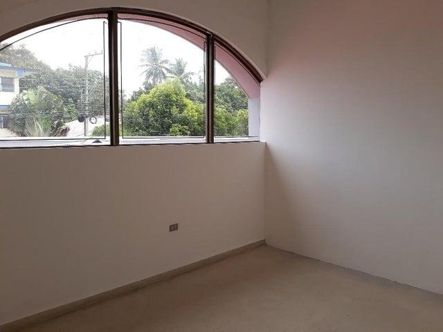 Local comercial Chiriqui>David>David - Alquiler:6.300 US Dollar - codigo: 19-667