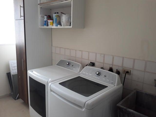 Apartamento Panama>Panama>Obarrio - Venta:315.000 US Dollar - codigo: 19-800