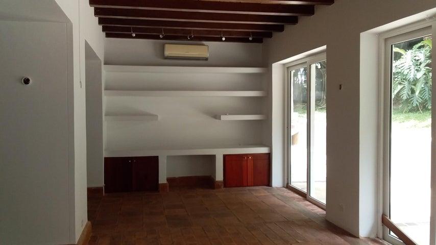 Casa Panama>Panama>Albrook - Alquiler:3.700 US Dollar - codigo: 19-804