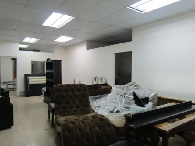 Local comercial Panama>Panama>Albrook - Alquiler:2.000 US Dollar - codigo: 19-876