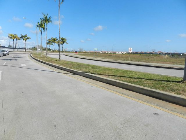 Local comercial Panama>La chorrera>Chorrera - Alquiler:4.143 US Dollar - codigo: 19-1112