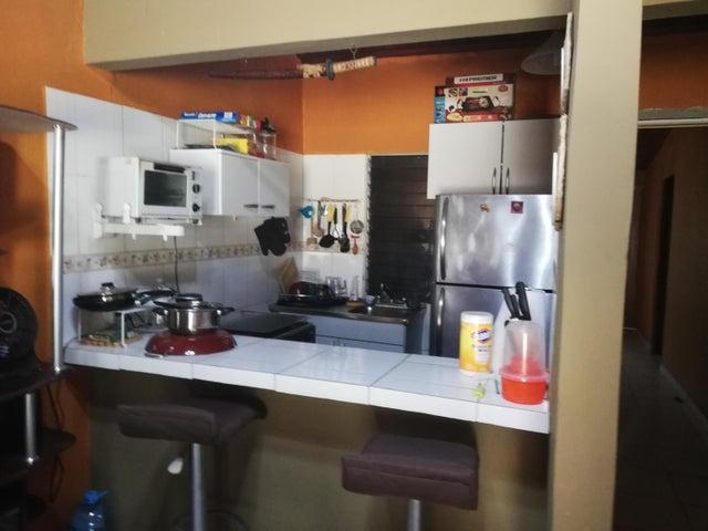 Casa Panama>Chame>Gorgona - Venta:80.000 US Dollar - codigo: 19-1681