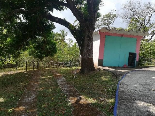 Casa Colon>Colón>Cristobal - Venta:475.000 US Dollar - codigo: 19-90