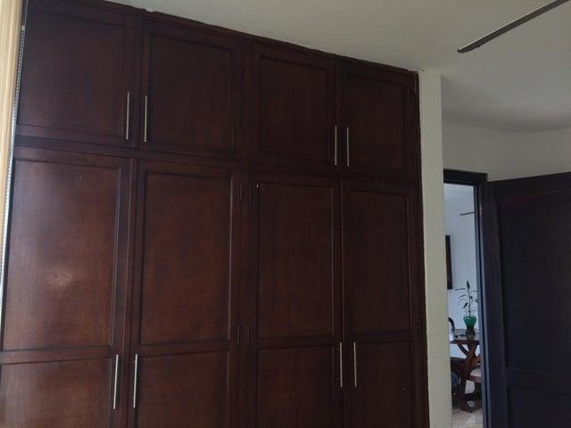 Apartamento Panama>Panama>Carrasquilla - Venta:230.000 US Dollar - codigo: 19-1989
