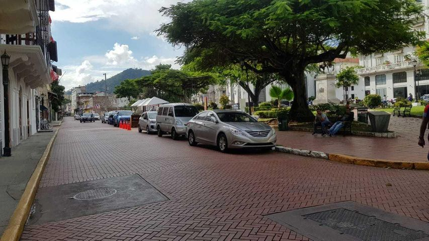 Local Comercial Panama>Panama>Casco Antiguo - Alquiler:4.038 US Dollar - codigo: 19-2011