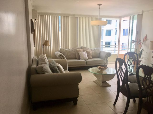 Apartamento Panama>Panama>Obarrio - Venta:298.000 US Dollar - codigo: 19-2014