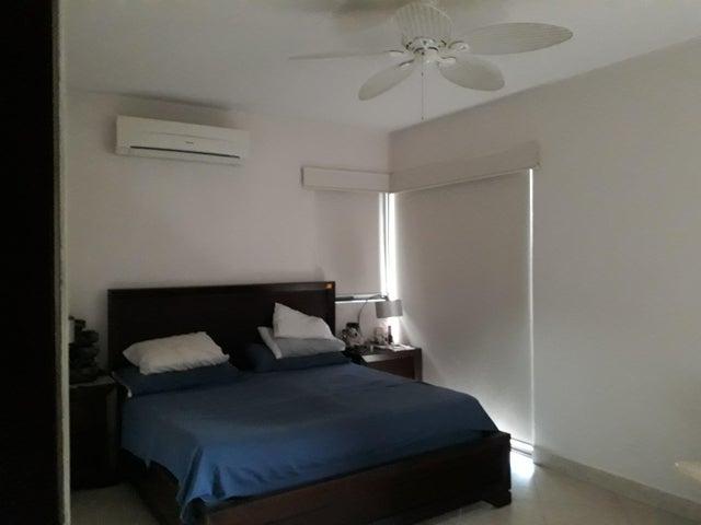 Apartamento Panama>Panama>Clayton - Venta:450.000 US Dollar - codigo: 19-2236