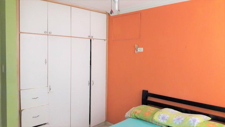 Apartamento Panama>Panama>El Dorado - Venta:210.000 US Dollar - codigo: 19-2513