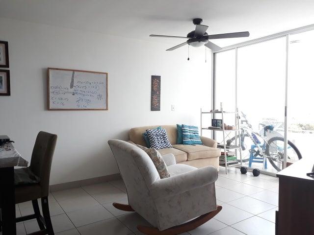 Apartamento Panama>Panama>Transistmica - Alquiler:900 US Dollar - codigo: 19-341