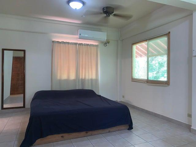 Casa Panama>Panama>Albrook - Alquiler:2.400 US Dollar - codigo: 19-2676