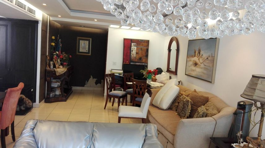 Apartamento Panama>Panama>Las Loma - Venta:255.000 US Dollar - codigo: 19-2894