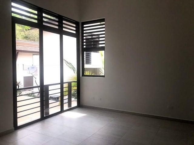 Casa Panama>Panama>Panama Pacifico - Alquiler:2.000 US Dollar - codigo: 19-2907