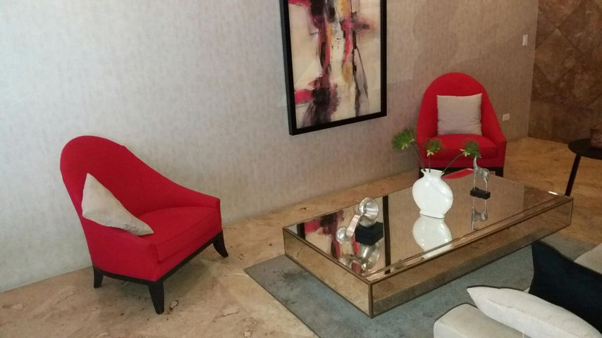 Apartamento Panama>Panama>Obarrio - Venta:270.000 US Dollar - codigo: 19-2911