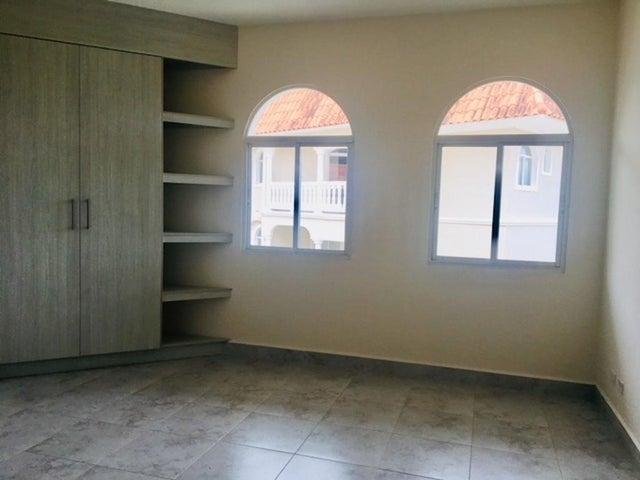 Apartamento Panama>Panama>Albrook - Venta:426.800 US Dollar - codigo: 18-3180