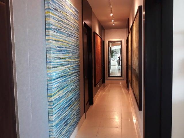 Apartamento Panama>Panama>Costa del Este - Venta:700.000 US Dollar - codigo: 19-3356