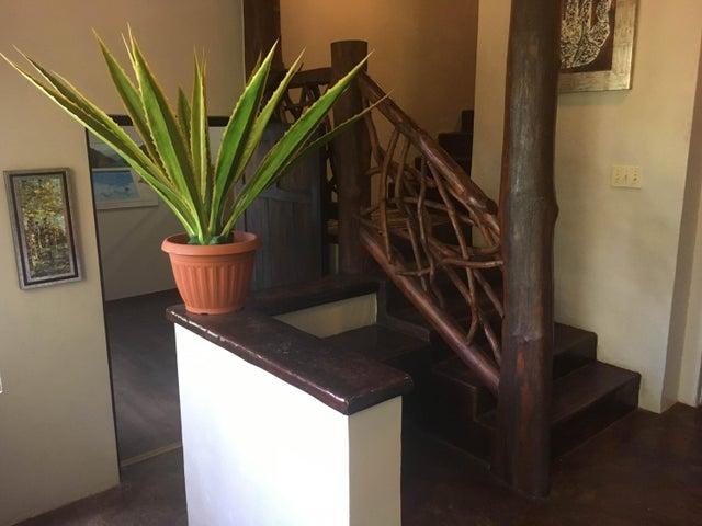 Casa Panama>Chame>Sora - Venta:490.000 US Dollar - codigo: 19-3427