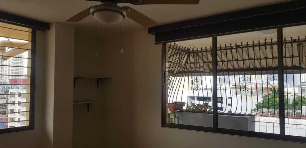 Apartamento Panama>Panama>Obarrio - Venta:260.000 US Dollar - codigo: 19-3532