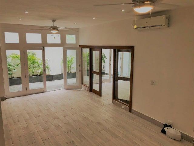 Apartamento Panama>Panama>Casco Antiguo - Venta:380.000 US Dollar - codigo: 19-3552