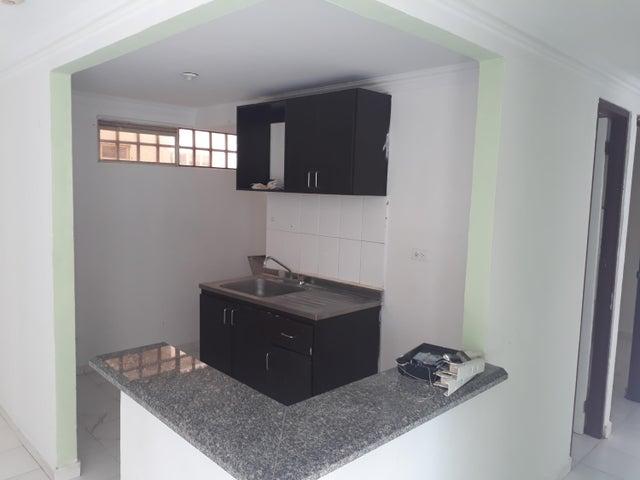 Apartamento Panama>Panama>Rio Abajo - Alquiler:675 US Dollar - codigo: 19-3593