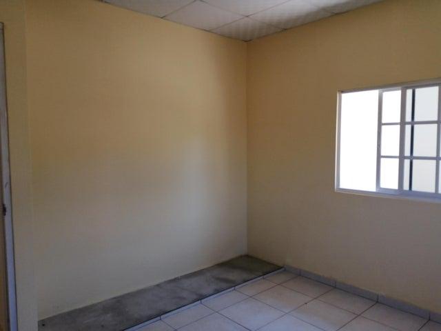 Townhouse Los Santos>Los santos>Los Santos - Venta:56.000 US Dollar - codigo: 19-3686