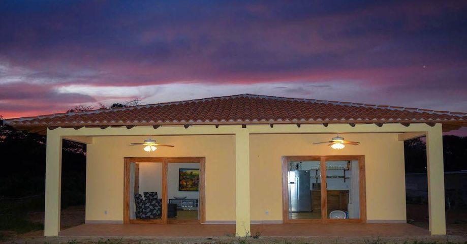 Casa Los Santos>Pedasi>Pedasi - Venta:196.000 US Dollar - codigo: 19-4096