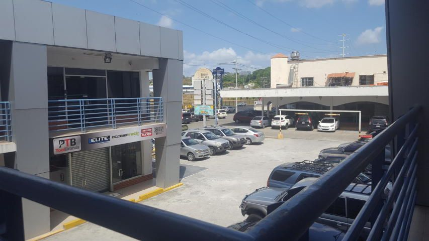 Local comercial Panama>Panama>Brisas Del Golf - Alquiler:800 US Dollar - codigo: 18-1807