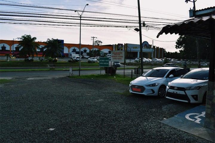 Negocio Veraguas>Santiago>Santiago - Venta:740.000 US Dollar - codigo: 19-4297