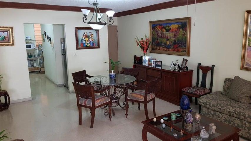 Apartamento Panama>Panama>San Francisco - Alquiler:950 US Dollar - codigo: 19-4335