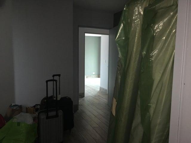 Apartamento Panama>Panama>Carrasquilla - Venta:235.000 US Dollar - codigo: 19-4343