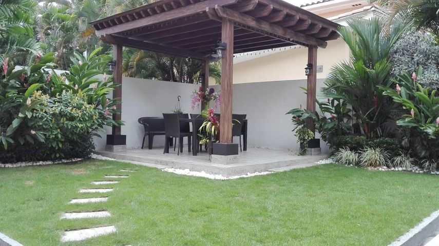 Casa Panama>Panama>Costa del Este - Venta:1.350.000 US Dollar - codigo: 19-4379