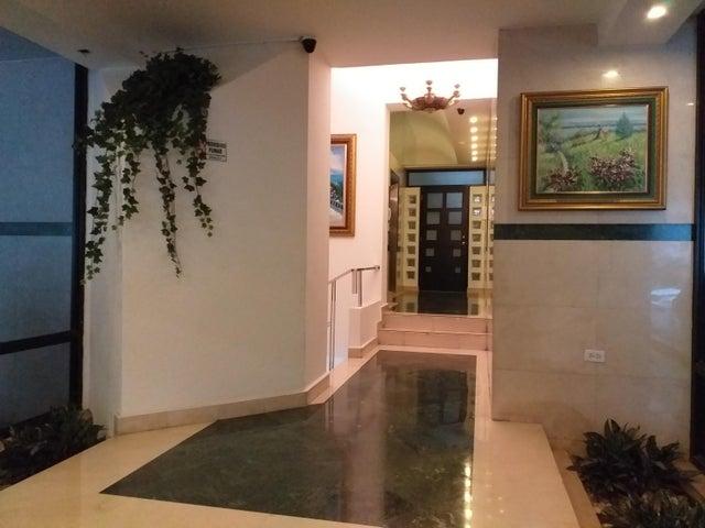 Apartamento Panama>Panama>Paitilla - Venta:298.000 US Dollar - codigo: 19-4501