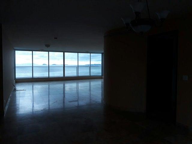 Apartamento Panama>Panama>Costa del Este - Alquiler:2.700 US Dollar - codigo: 19-4598