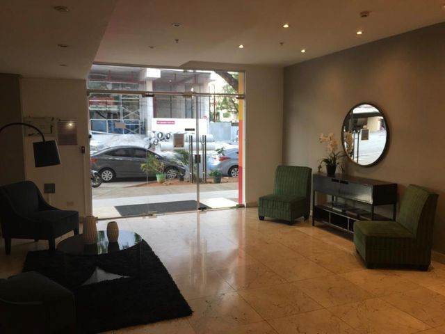 Apartamento Panama>Panama>El Carmen - Venta:185.000 US Dollar - codigo: 19-4686