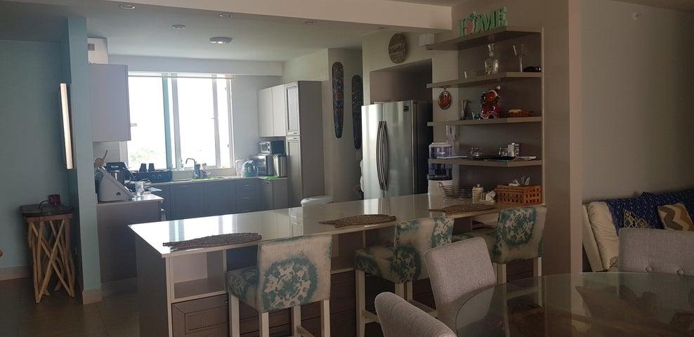 Apartamento Cocle>Rio Hato>Playa Blanca - Alquiler:2.650 US Dollar - codigo: 19-4687