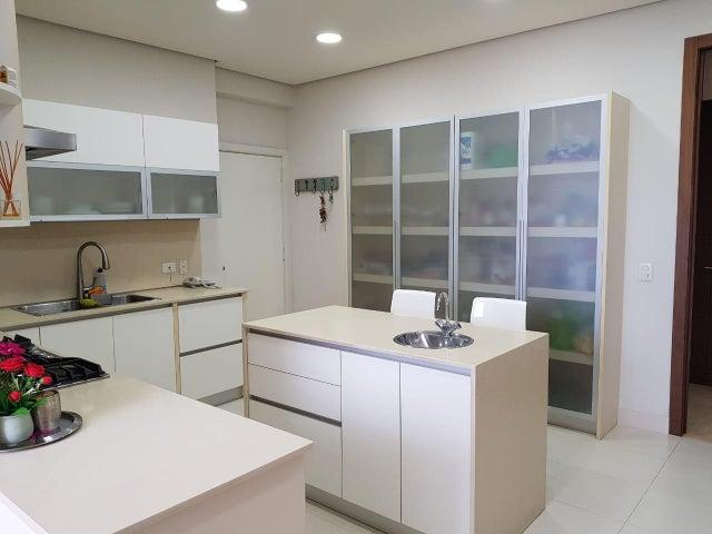 Apartamento Panama>Panama>Santa Maria - Alquiler:4.000 US Dollar - codigo: 19-4928