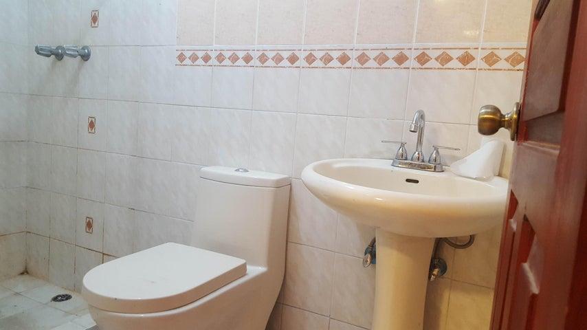 Apartamento Panama>Panama>12 de Octubre - Alquiler:750 US Dollar - codigo: 19-5041