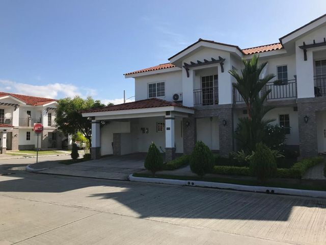 Casa Panama>Panama>Versalles - Venta:355.000 US Dollar - codigo: 19-5098