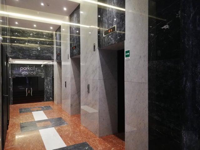 Apartamento Panama>Panama>Obarrio - Venta:281.000 US Dollar - codigo: 19-5114
