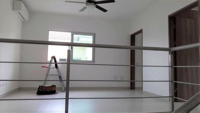 Casa Panama>Panama>Altos de Panama - Venta:540.000 US Dollar - codigo: 19-5149