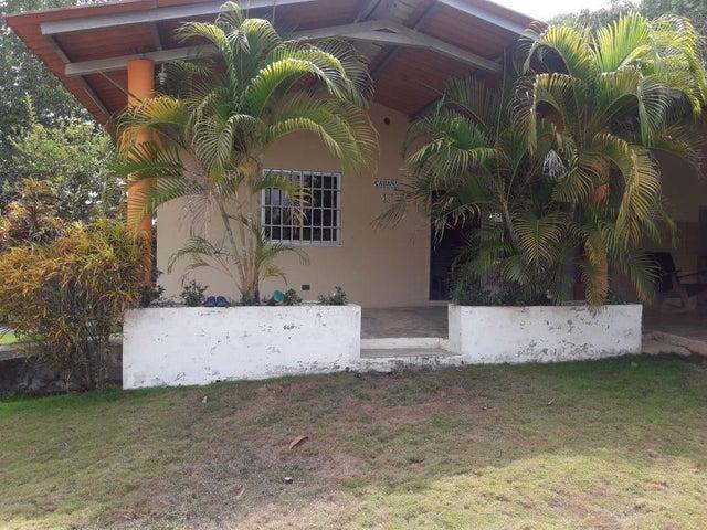 Casa Cocle>Rio Hato>Playa Blanca - Venta:130.000 US Dollar - codigo: 19-5269
