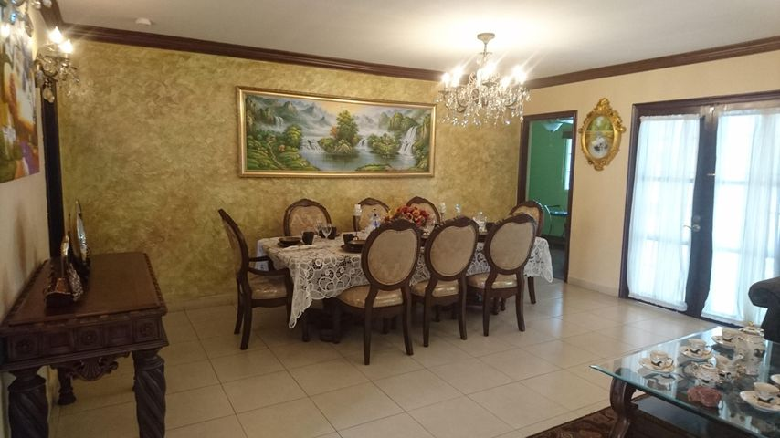 Casa Panama>Panama>Altos de Panama - Alquiler:1.700 US Dollar - codigo: 19-5305