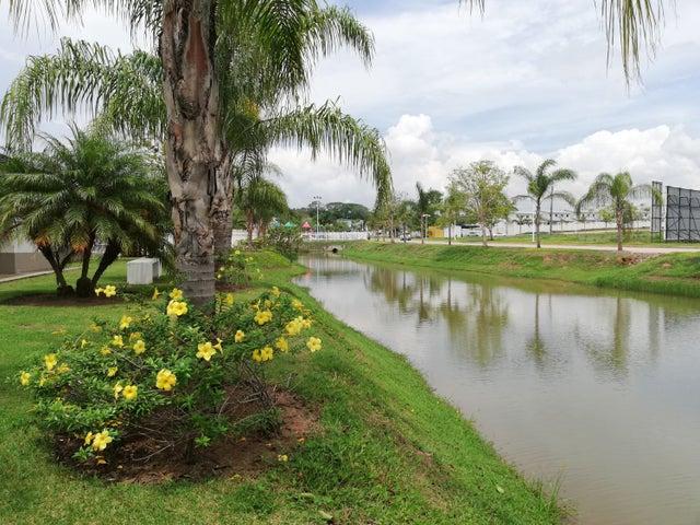 Casa Panama>Arraijan>Vista Alegre - Venta:125.351 US Dollar - codigo: 19-5321