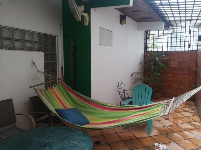 Casa Panama>Panama>Carrasquilla - Venta:425.000 US Dollar - codigo: 19-5340