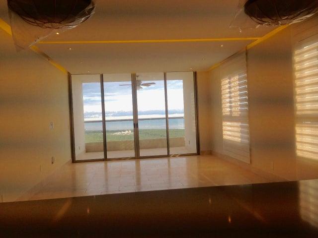 Apartamento Panama>Panama>Santa Maria - Alquiler:3.000 US Dollar - codigo: 19-5367