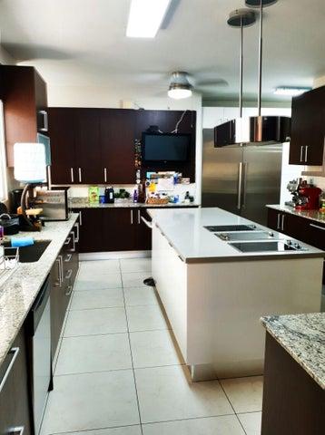 Casa Panama>Panama>Costa del Este - Venta:850.000 US Dollar - codigo: 19-5356