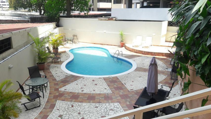 Apartamento Panama>Panama>El Cangrejo - Alquiler:2.100 US Dollar - codigo: 19-5495