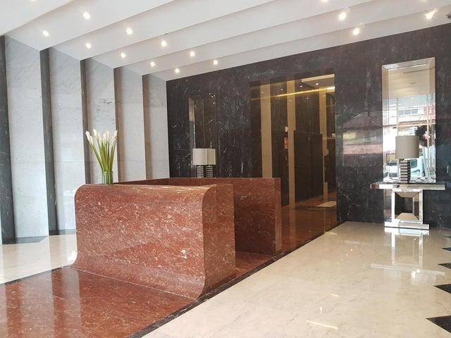 Apartamento Panama>Panama>Obarrio - Alquiler:1.600 US Dollar - codigo: 19-5506