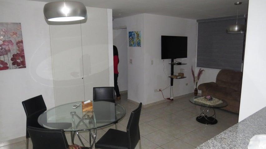 Apartamento Panama>Panama>San Francisco - Alquiler:900 US Dollar - codigo: 19-5532